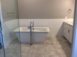 Bathroom with gloss paint finish, Allstar Pro Painting, Gilbert AZ